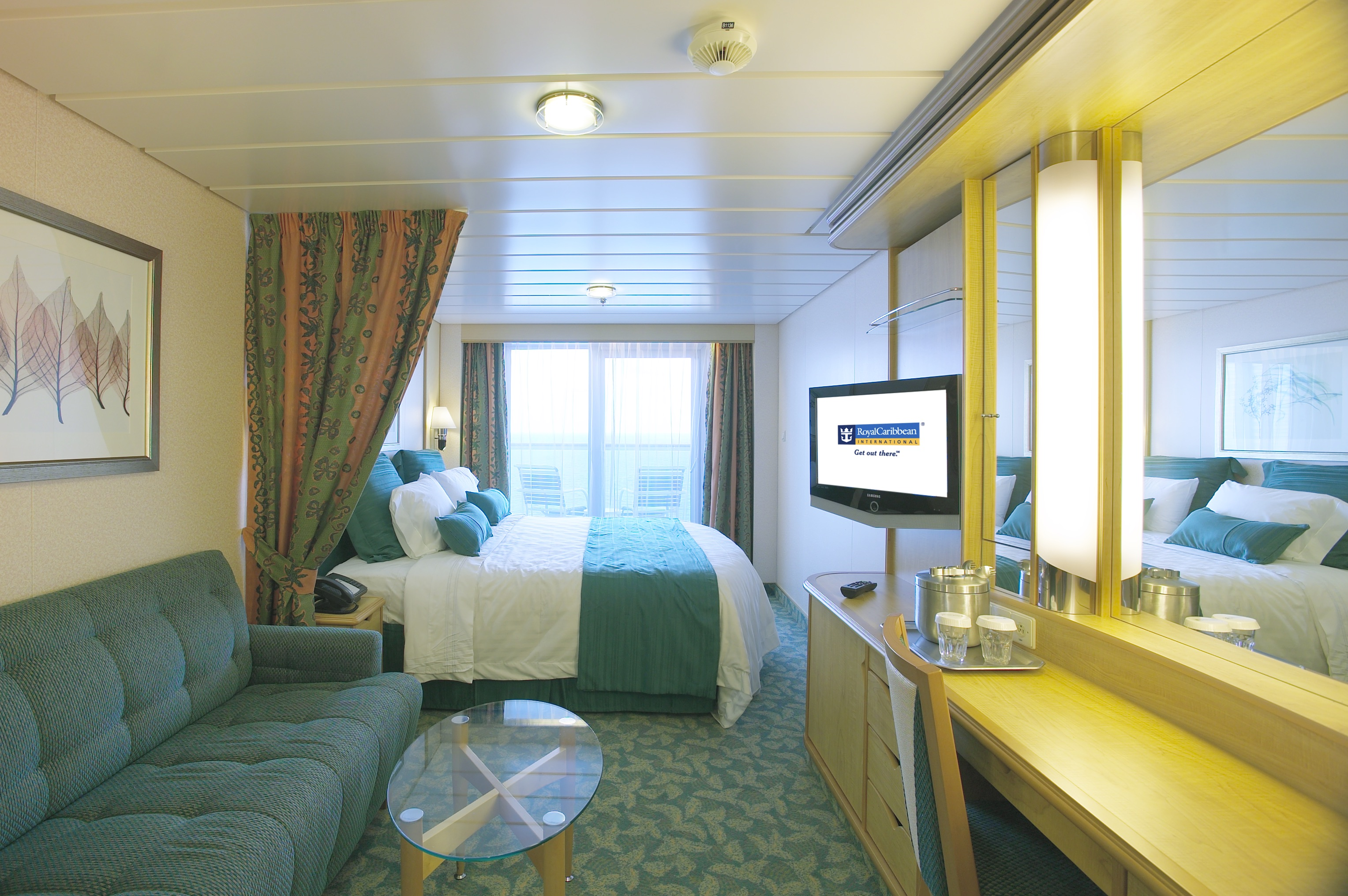 Independence of the seas for Balcony stateroom