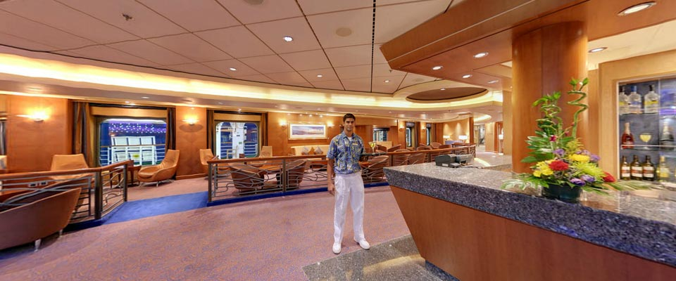P&O Cruises Arcadia Interior Piano Bar 2.jpg