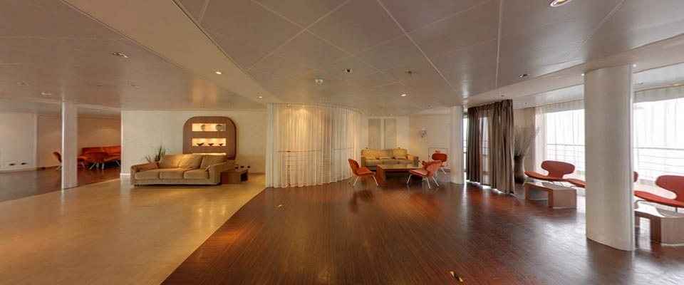 P&O Cruises Arcadia Interior Retreat 1.jpg