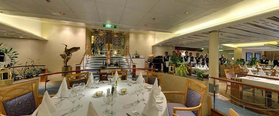 P&O Cruises Aurora Interior Alexandria 1.jpg