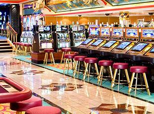 Norwegian Cruise Line Norwegian Spirit Interior Maharajah's Casino Bar.jpg