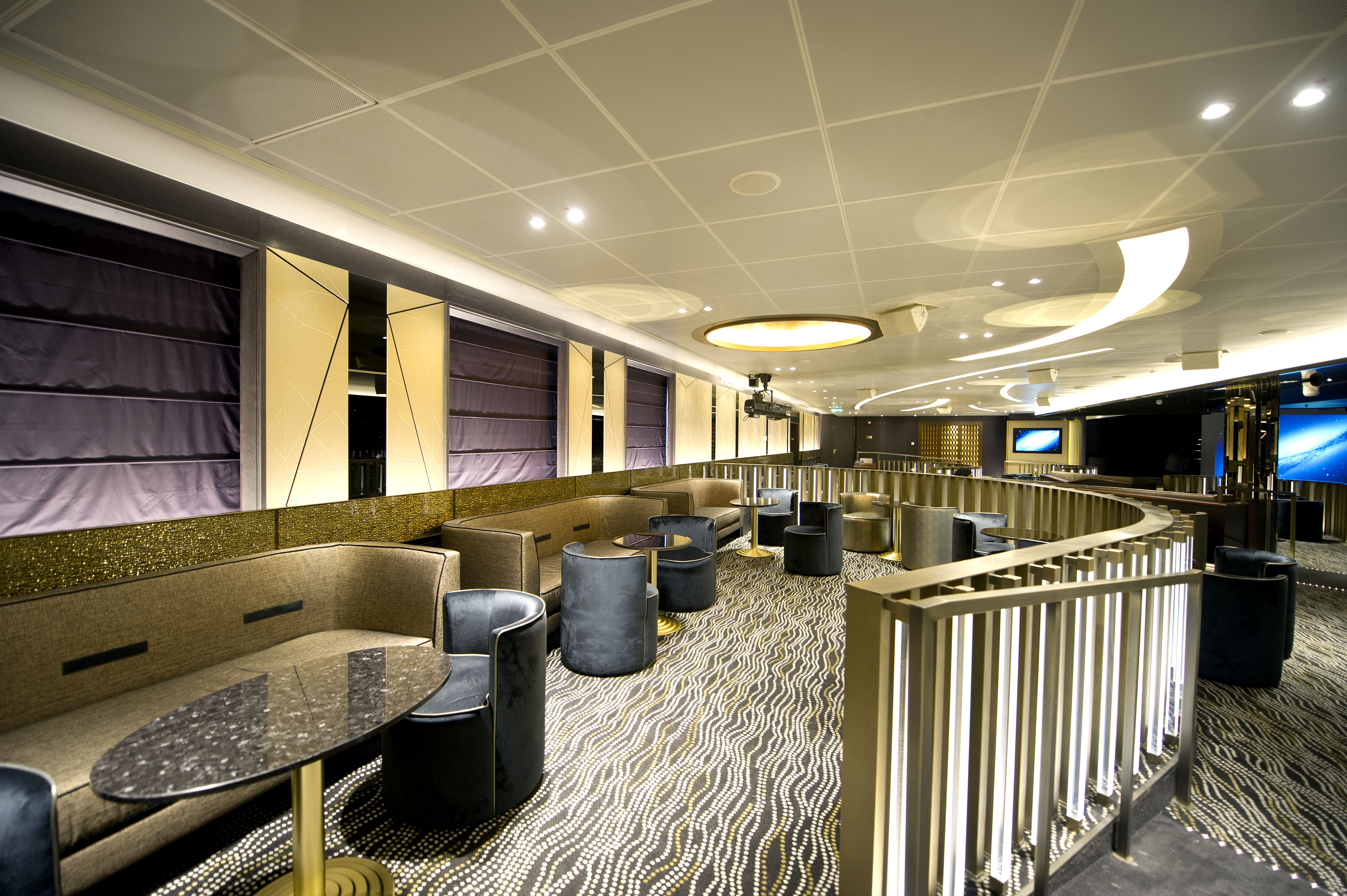 P&O Cruises Britannia Interior Live Lounge Ds38111 [Tif 14714735802].jpg
