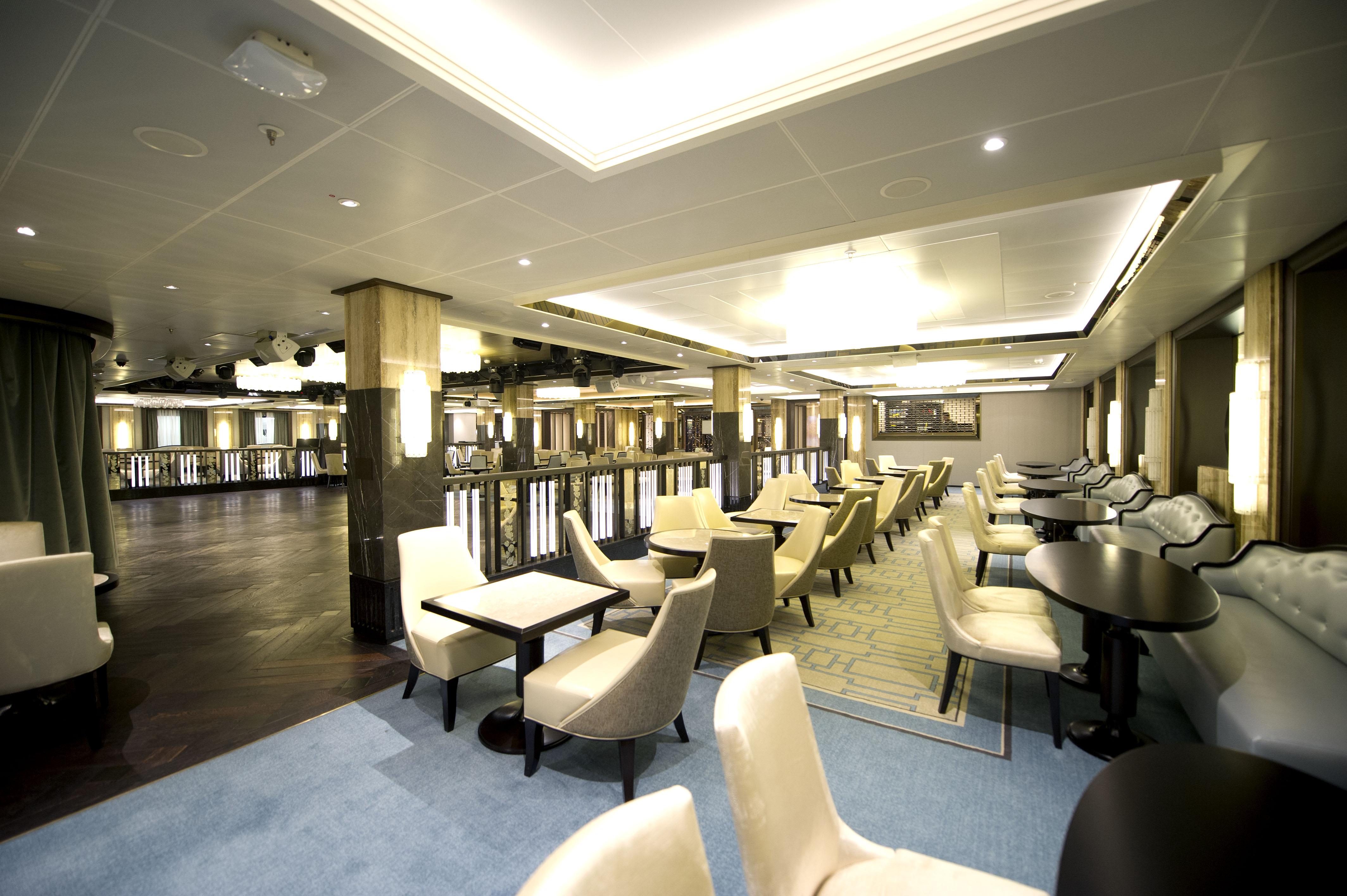 P&O Cruises Britannia Interior The Crystal Room Ds38347.jpg