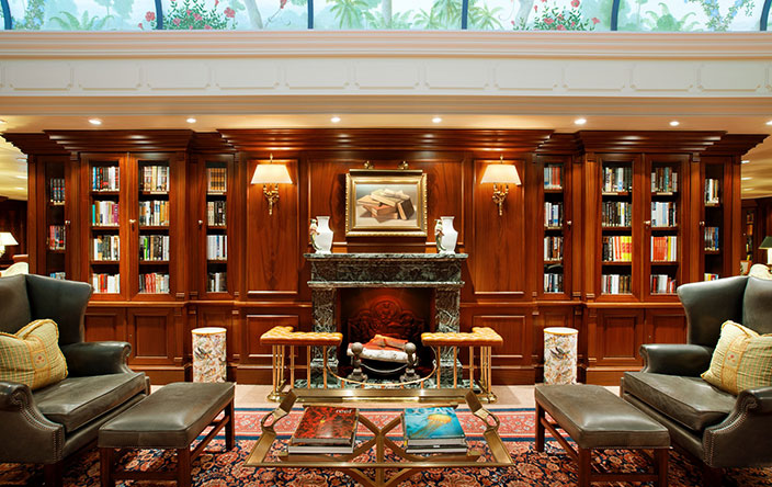 Oceania Cruises Sirena Interior library.jpg