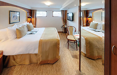 Tauck Jewel Class Accommodation Emerald_Category1.jpg