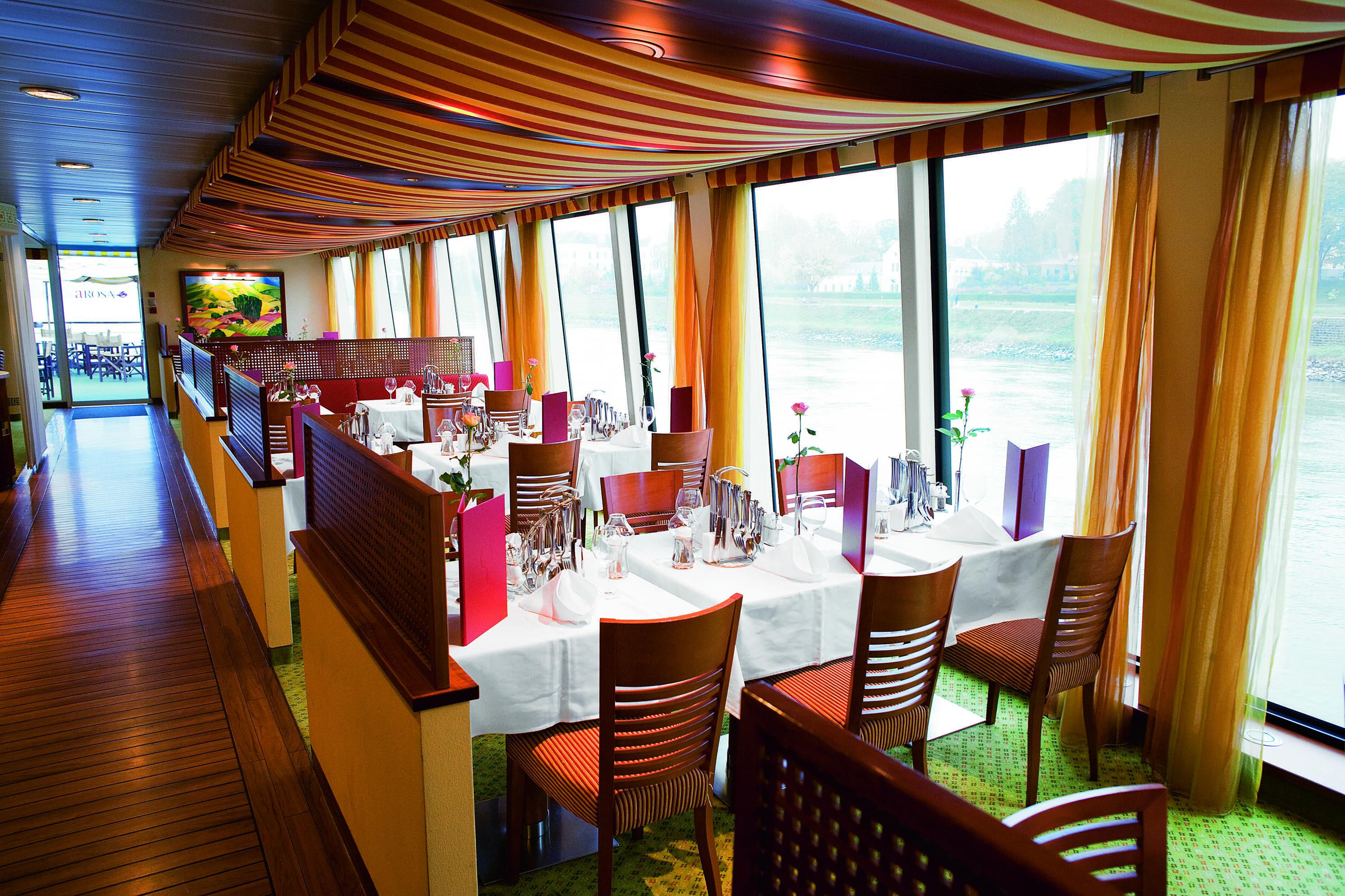A-ROSA BELLA A-ROSA DONNA A-ROSA MIA A-ROSA RIVA Interior Market Restaurant 1.jpg
