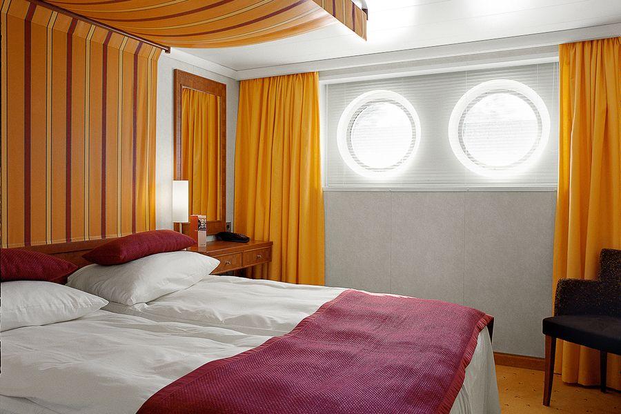 A-ROSA AQUA A-ROSA VIVA A-ROSA BRAVA Accommodation 2 Bed Outdoor Cabin.jpg