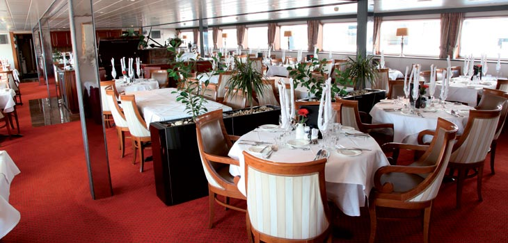Saga River Cruises Rex Rheni Interior Dining Room 1.jpg