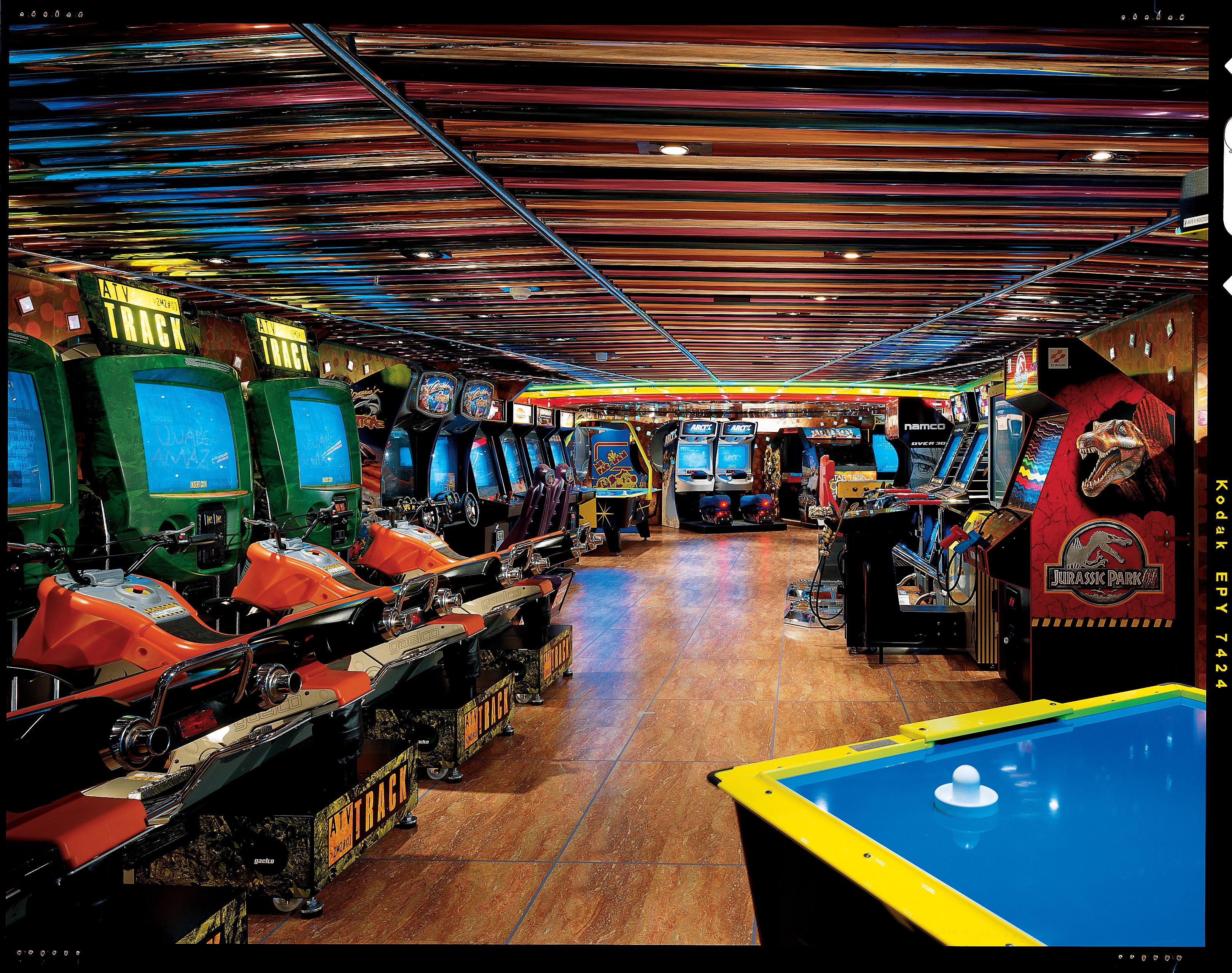 Carnival Legend Gigabytes Arcade 1.jpg