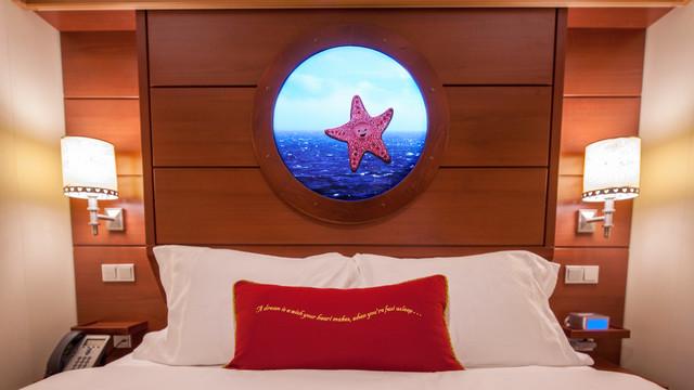 Disney Cruise Lines Disney Dream & Fantasy Accomm Interior G06-DDDF-standard-inside-stateroom-cat11ABC-04.jpg