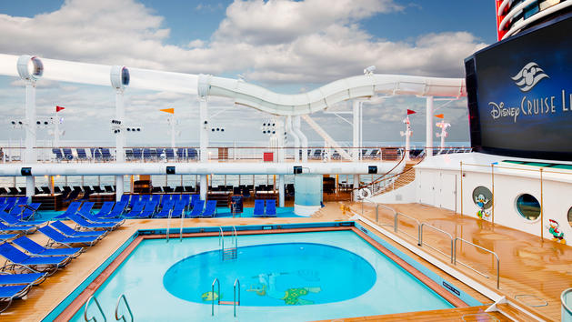 Disney Cruise Lines Disney Dream donalds-pool-00.jpg