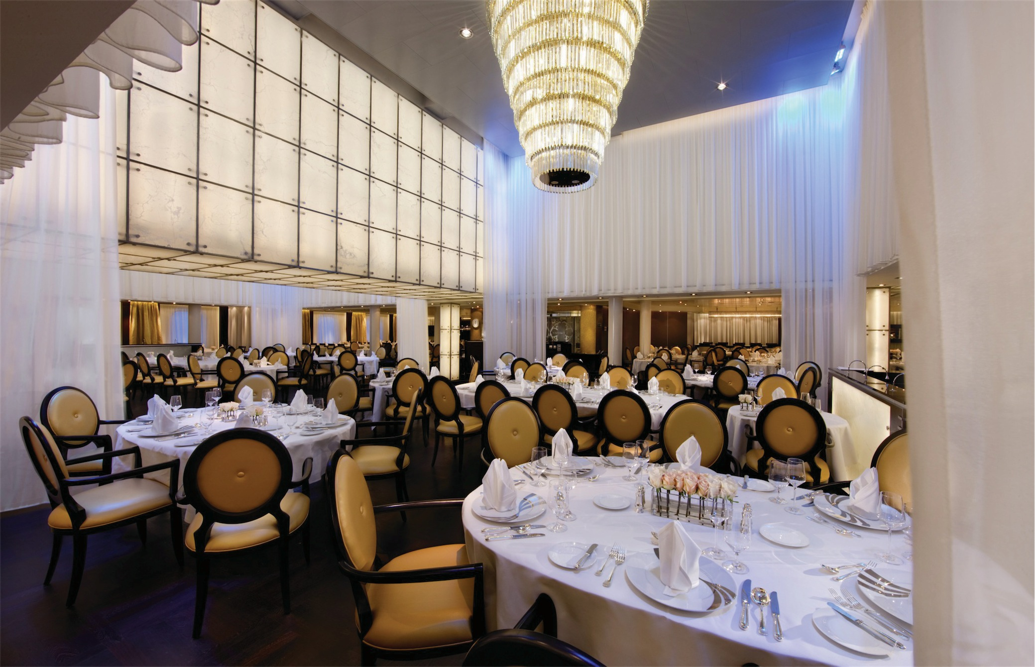 Seabourn Odyssey Class Interior The Restaurant.jpg