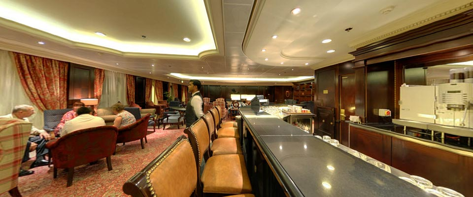 P&O Cruises Aurora Interior Andersons 1.jpg