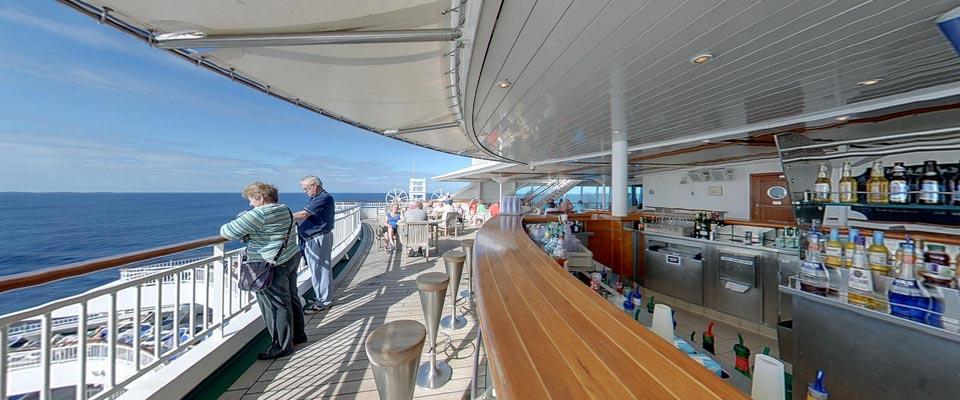 P&O Cruises Aurora Pennant Bar by day.jpg