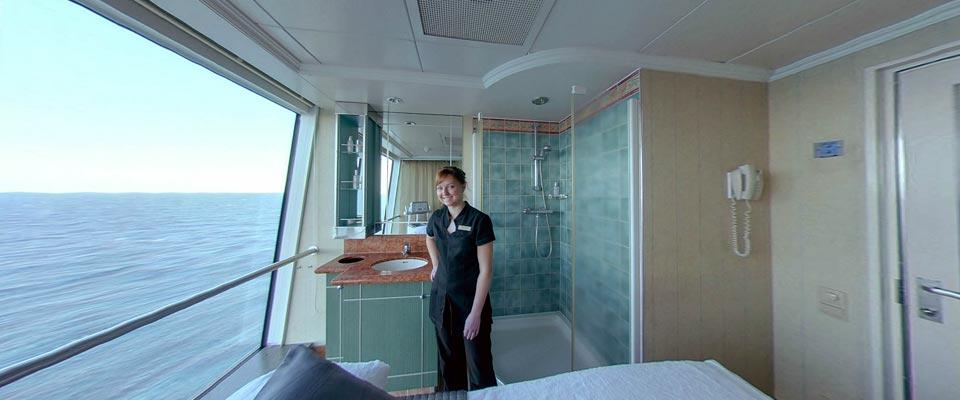 P&O Cruises Aurora Interior Spa Treatment Room.jpg