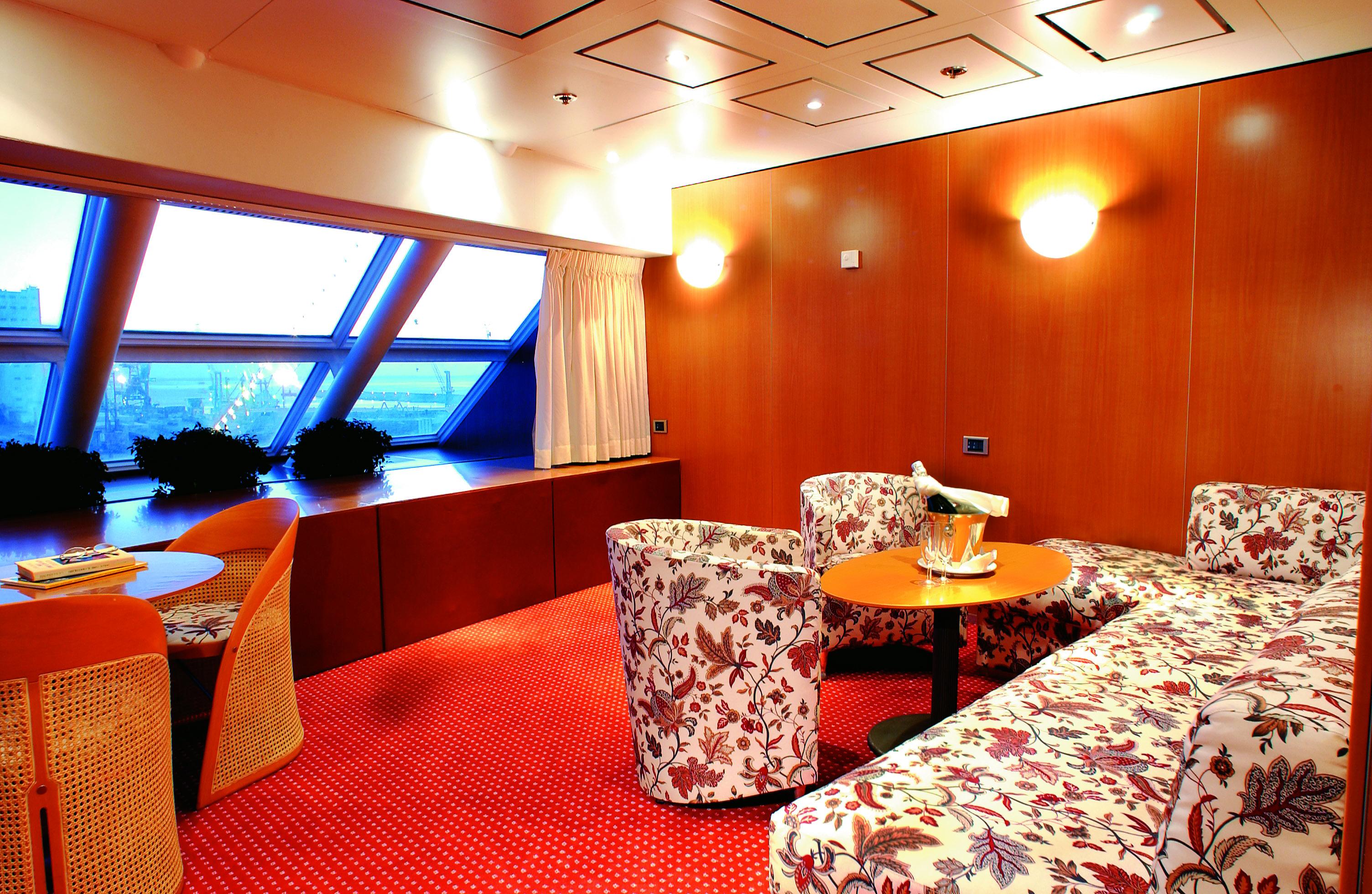 Costa Cruises Costa Victoria Suite.jpg