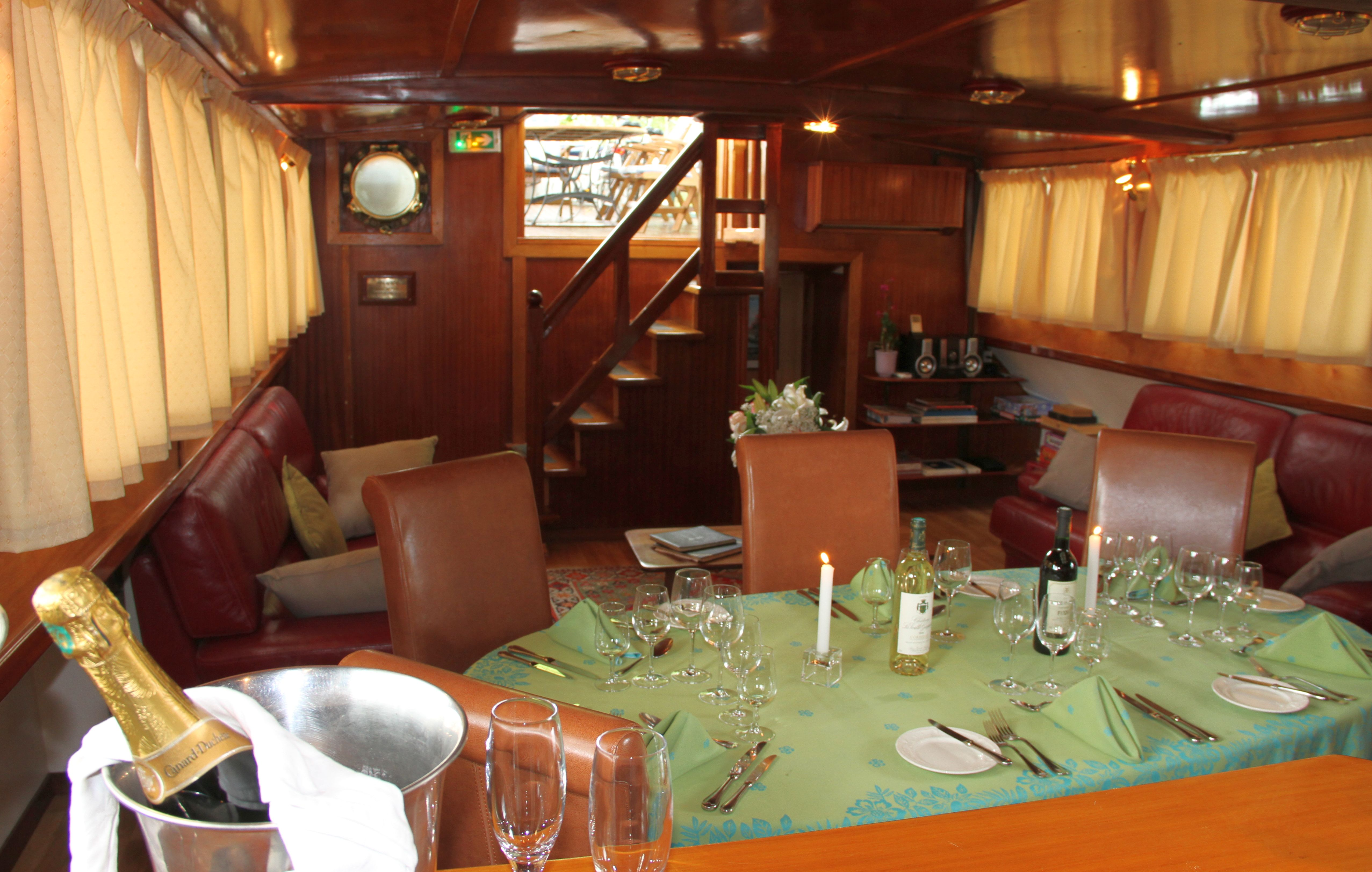 European Waterways Anjodi Interior Dining and Saloon.jpg