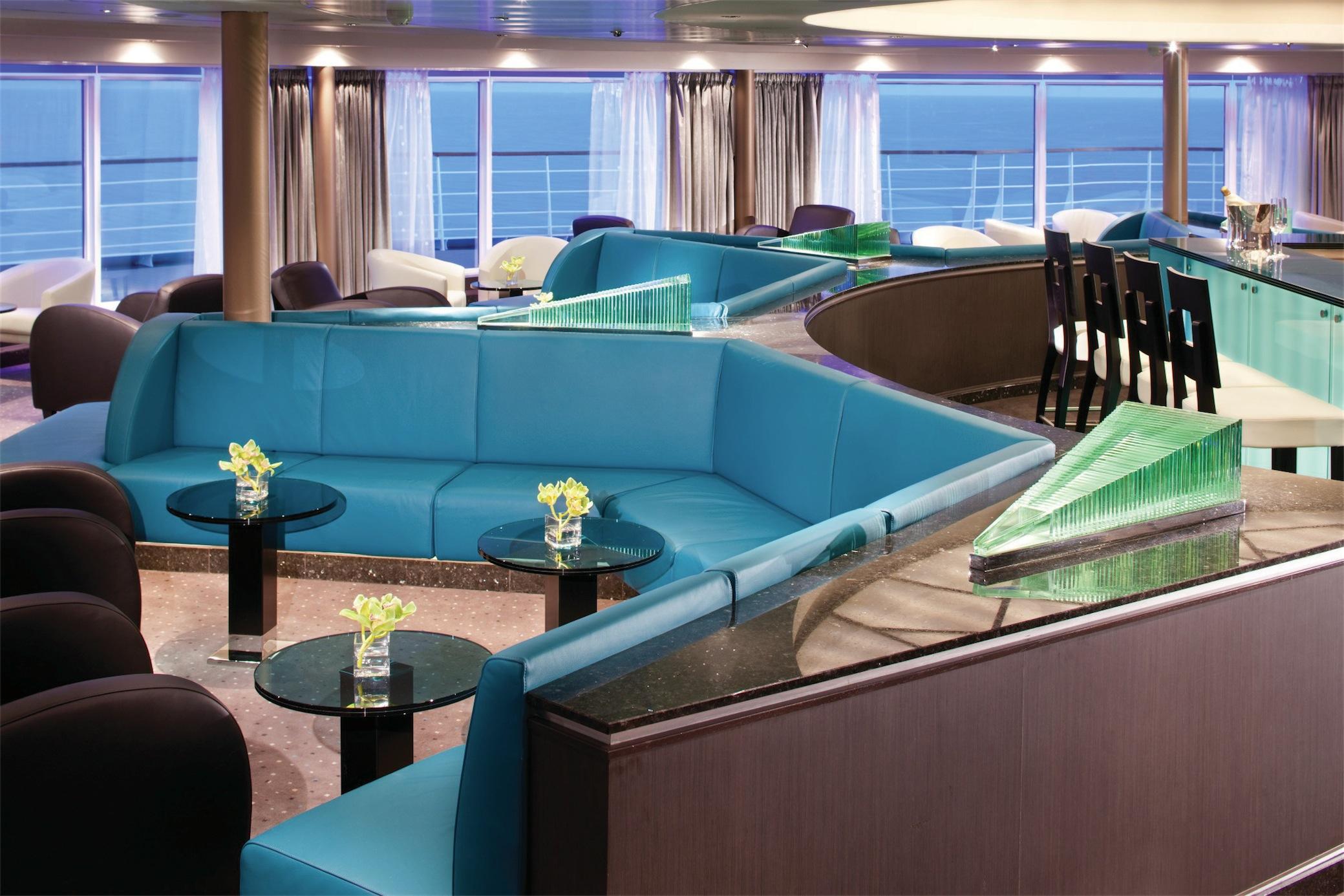 Seabourn Odyssey Class Interior Observation Bar 2.jpg