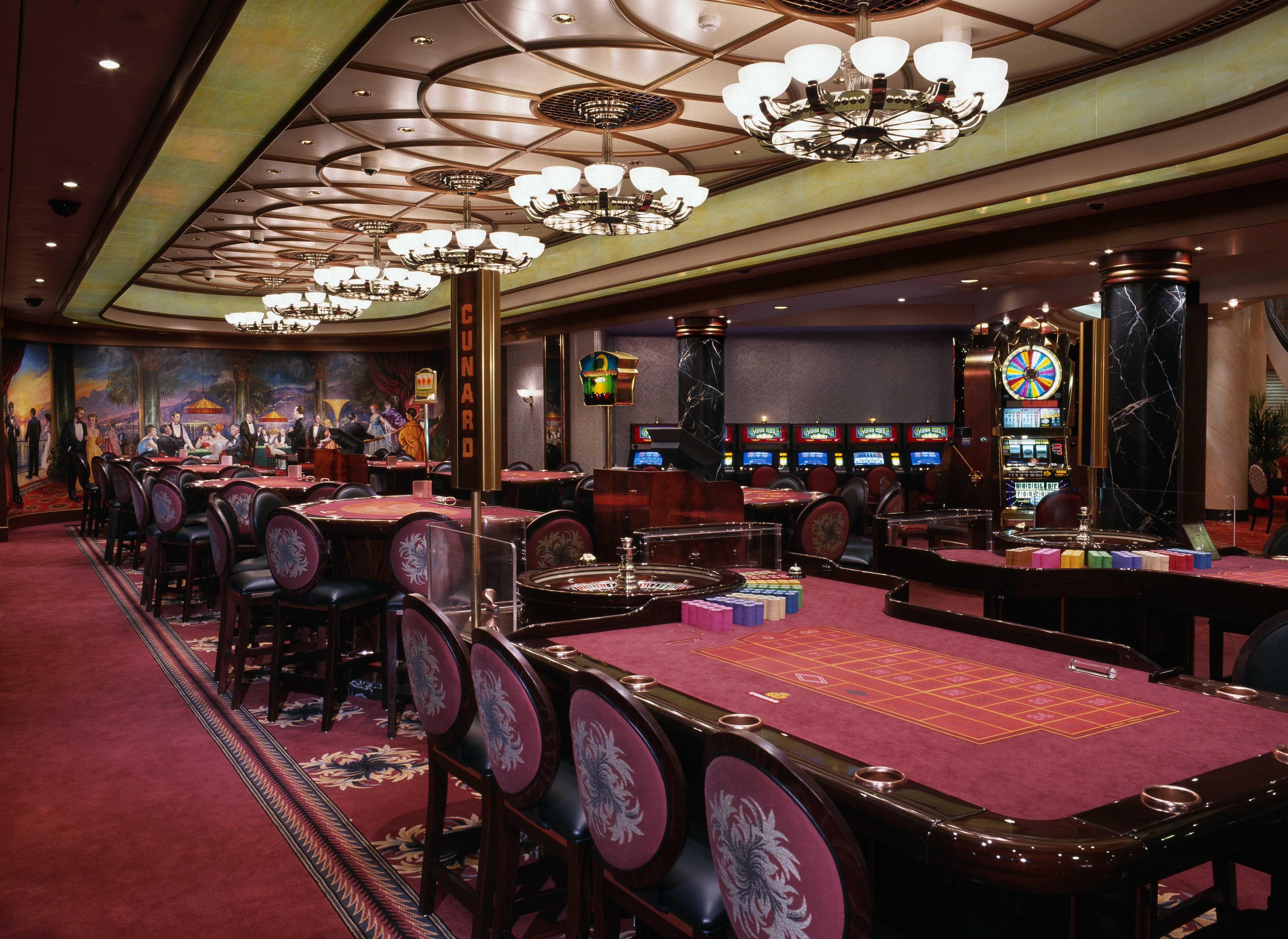 Cunard Line Queen Mary 2 Empre Casino 2.JPG