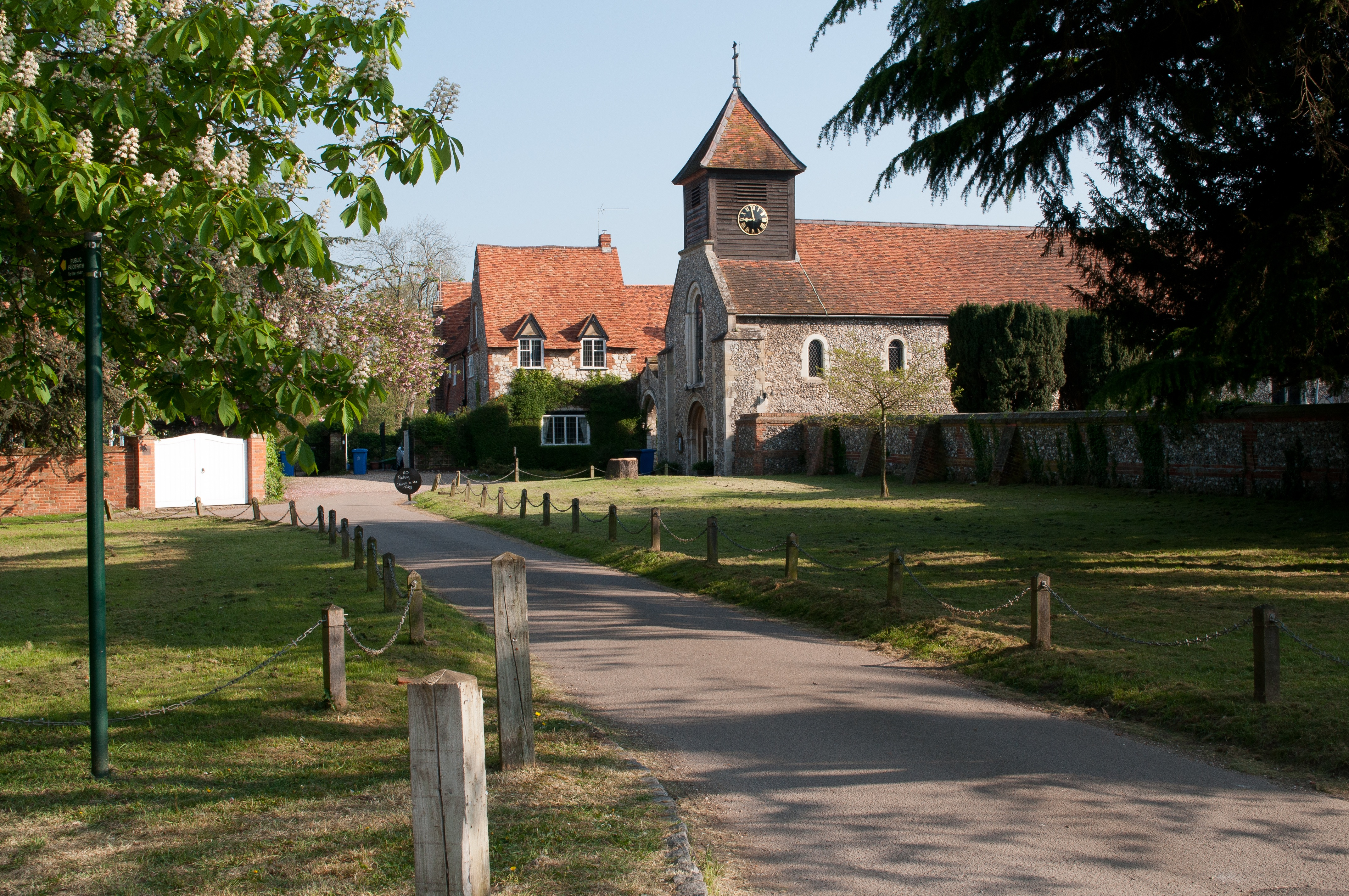England - The Ancient Village of Hurley.jpg