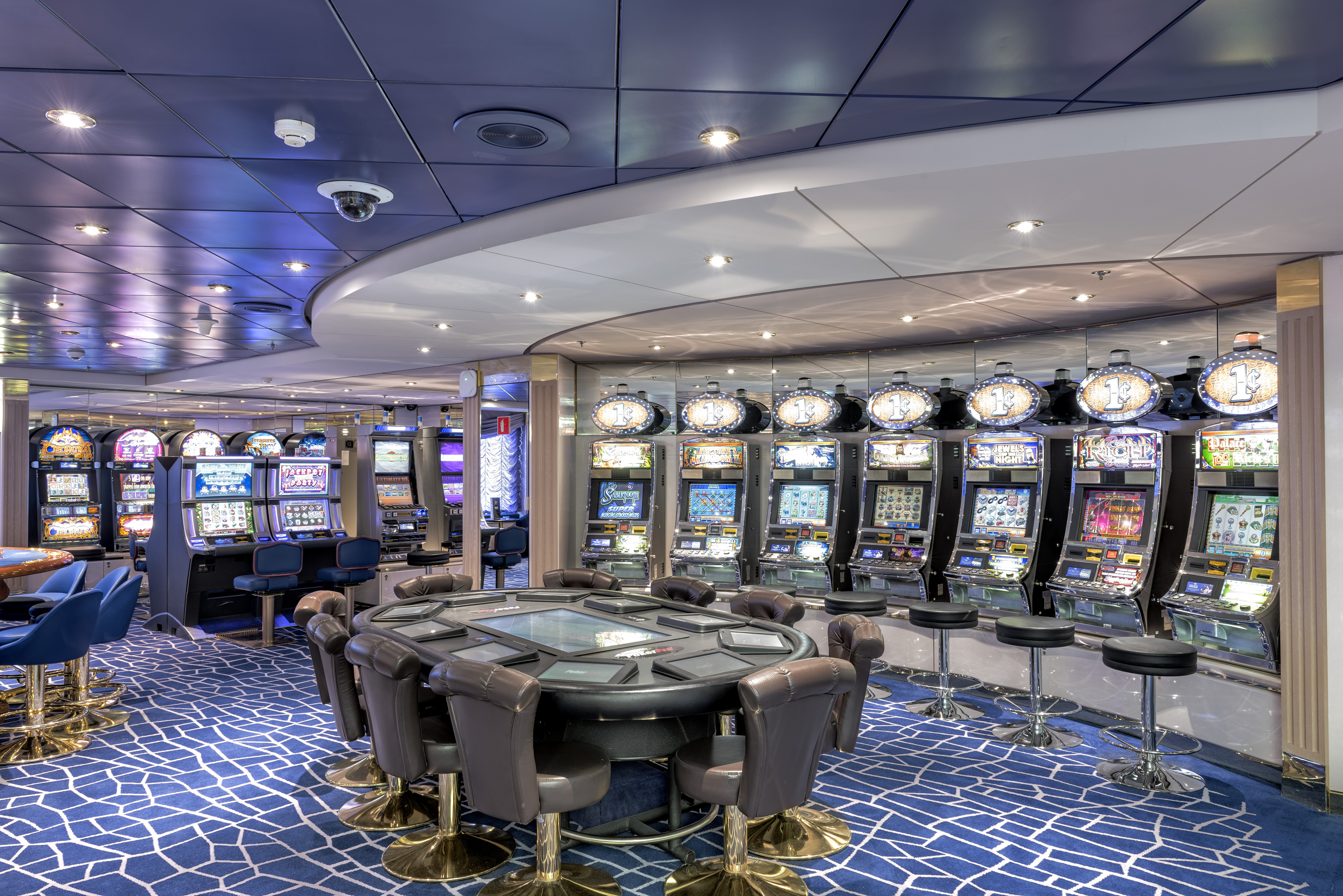 MSC Lirica Class Casino 2.jpg
