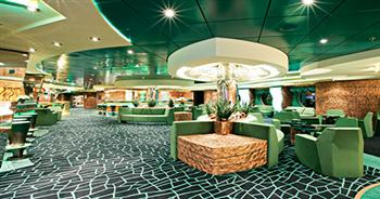 MSC Cruises Fantasia Class le vele bar.jpg