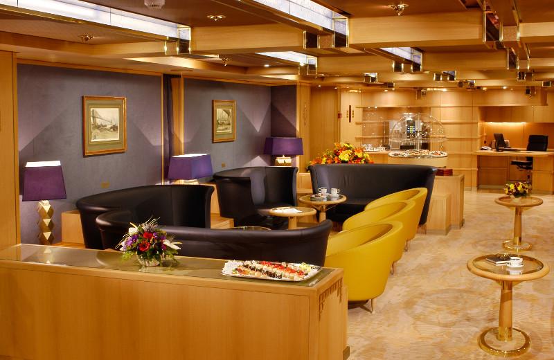 Holland America Line Vista-Class Accomodation Neptune lounge.jpg