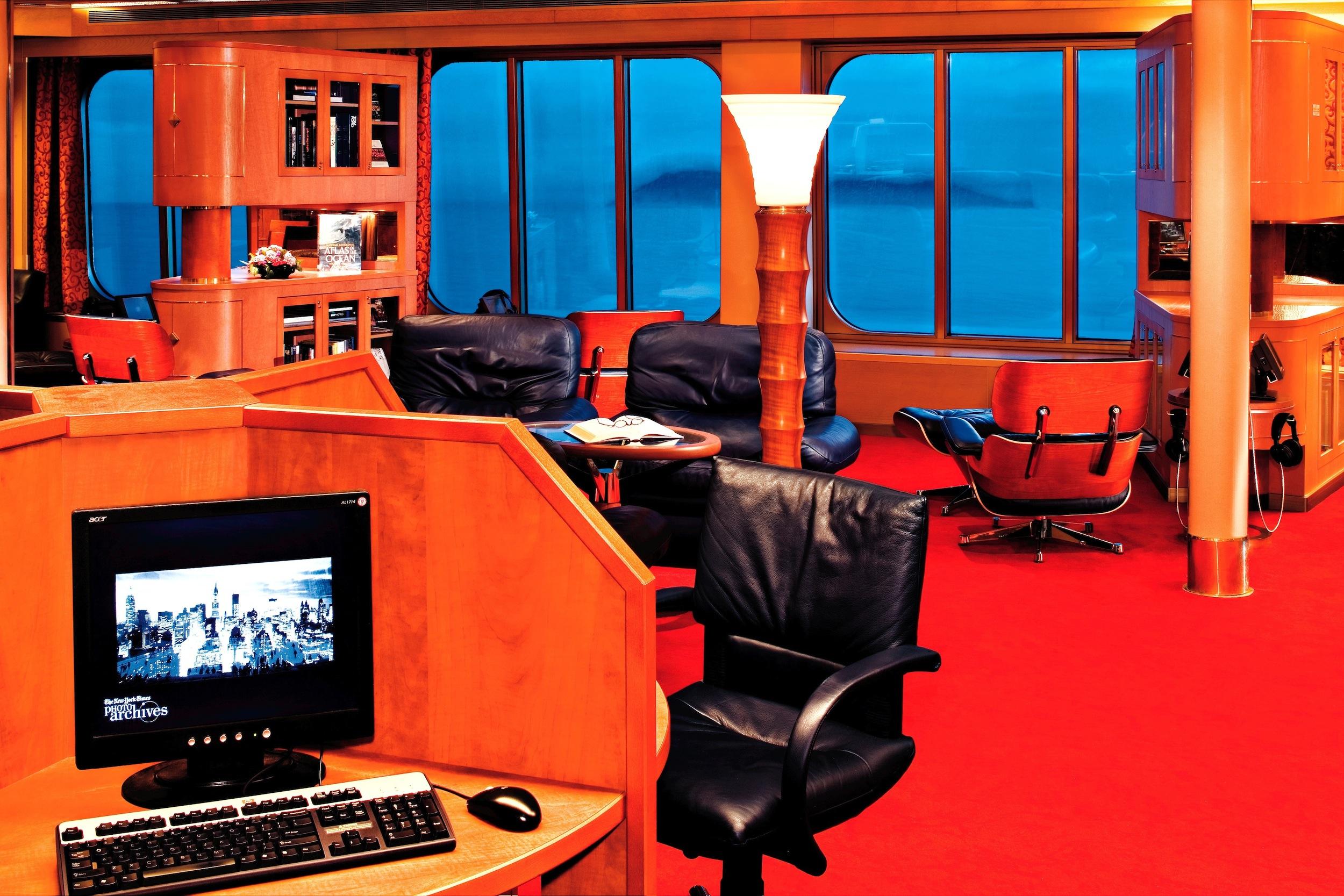 Holland America Line S-Class Interior Explorations Cafe 5.jpg