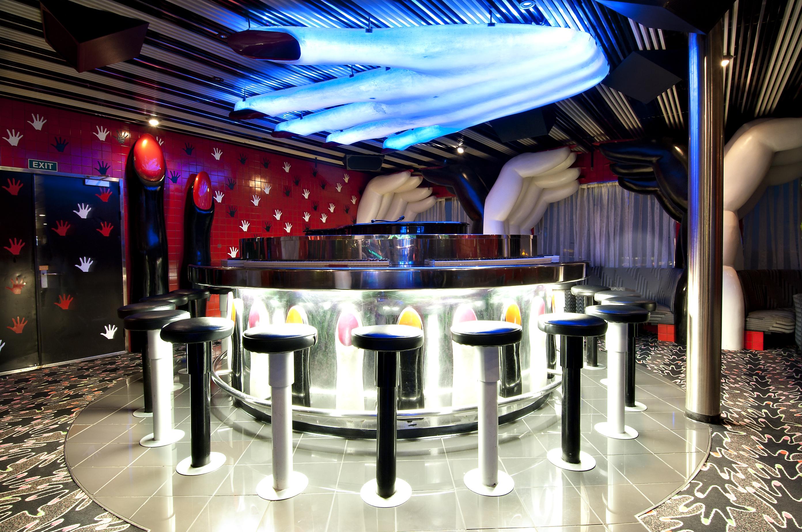 Carnival Sensation Piano Bar 1.jpg