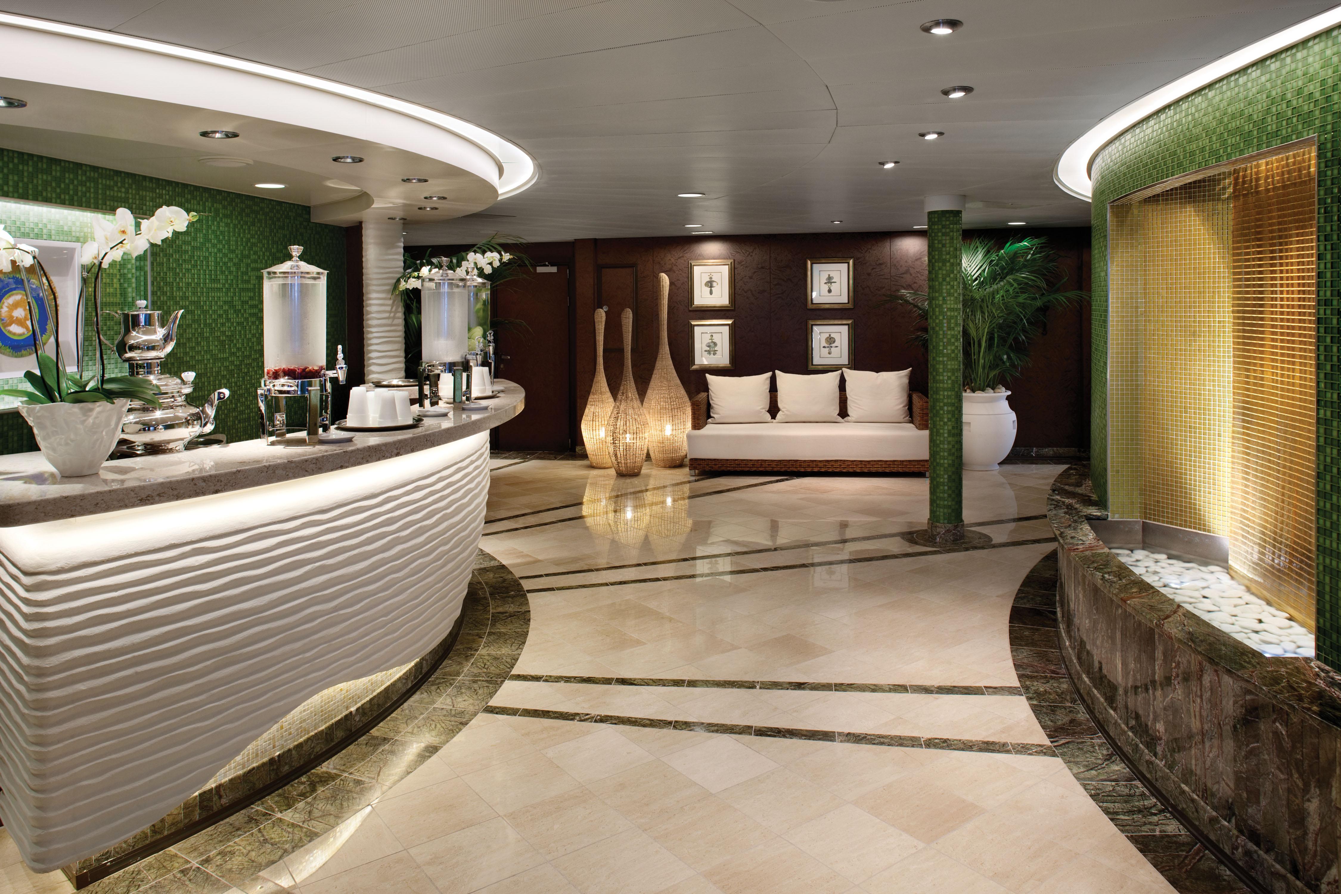 Oceania Cruises Oceania Class Interior Spa Juice Bar.jpg