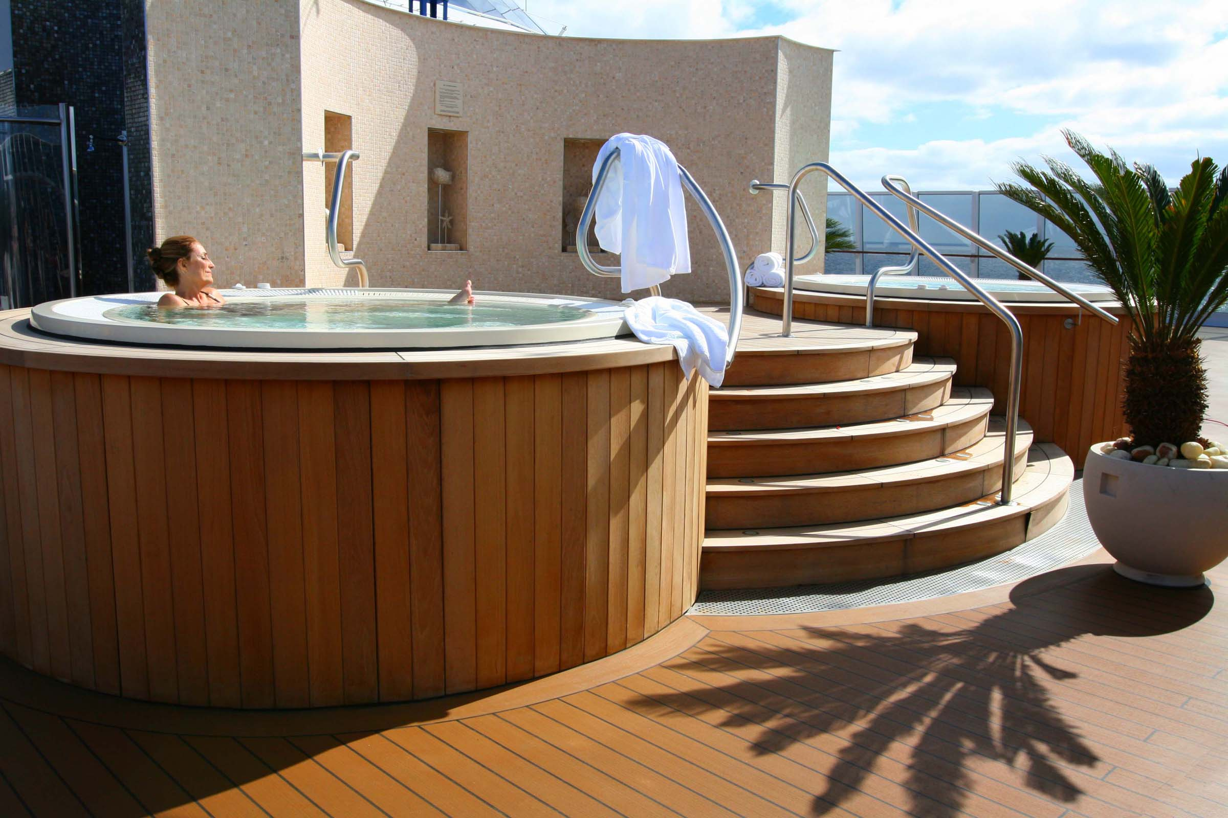 Oceania Cruises Oceania Class Interior Spa Private Terrace.jpg