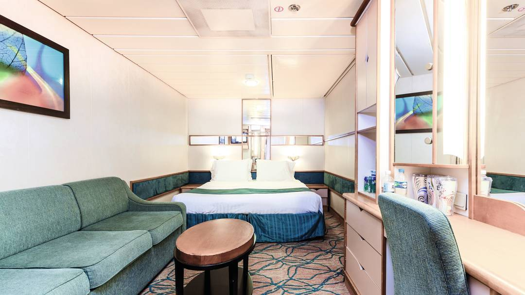Thomson Cruise Thomson Discovery Accommodation Inside Cabin.jpg