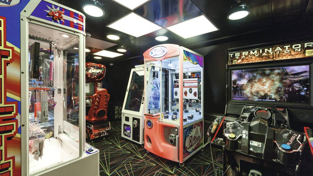 Thomson Cruise Thomson Discovery Interior Video Arcade.jpg