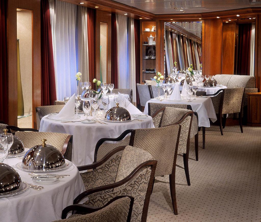 SeaDream Yacht Club Interior Dining Salon 1.jpg