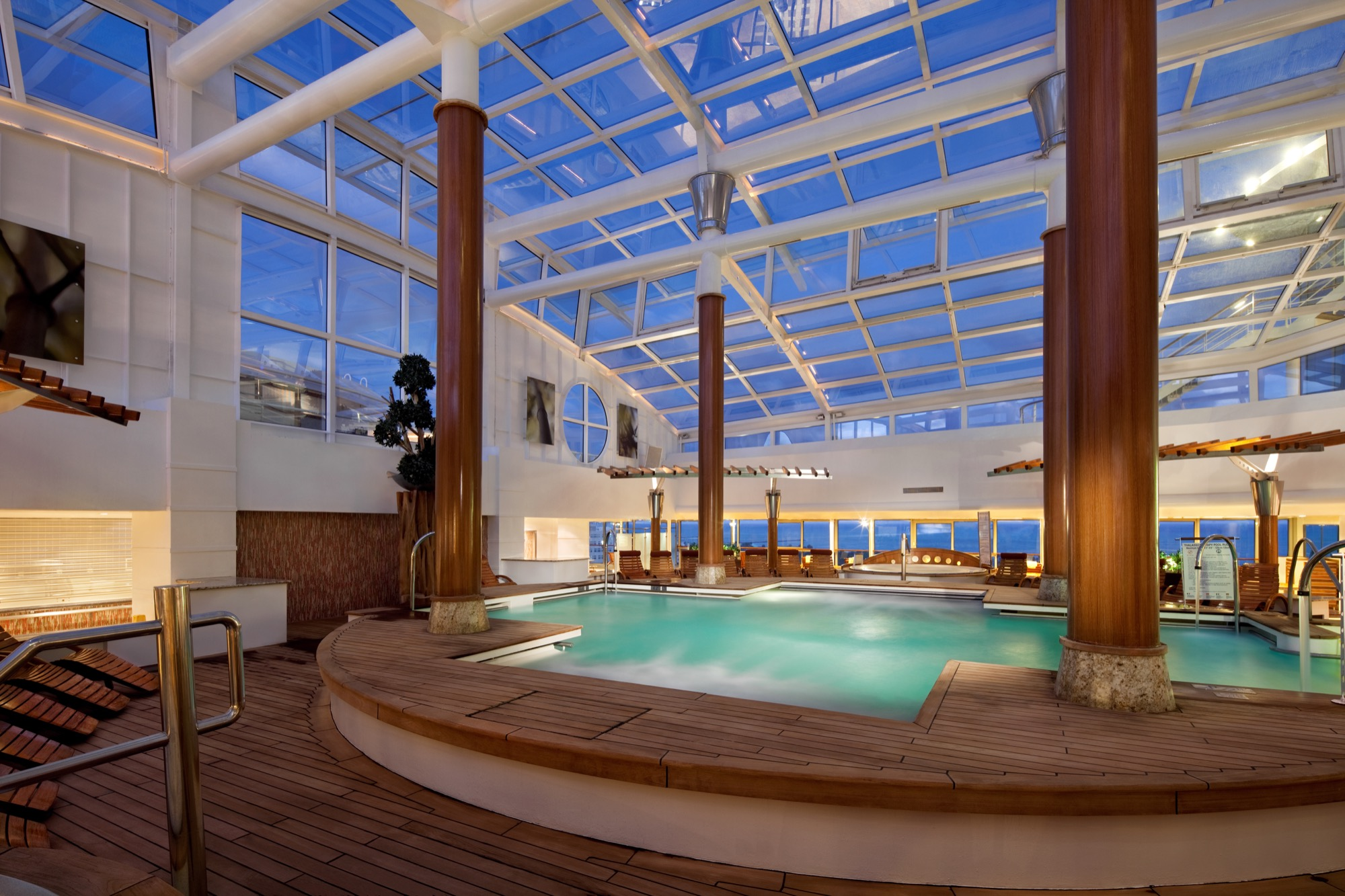 Celebrity Cruises Celebrity Summit Interior IN-Solarium1F.jpg
