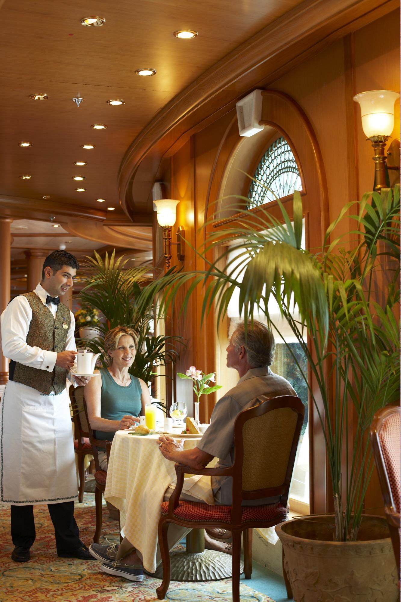 Princess Cruises Royal Class Interior Sabatinis.jpg