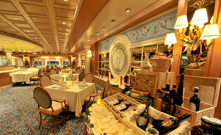 Princess Cruises Coral Class Sabatinis layout.jpg