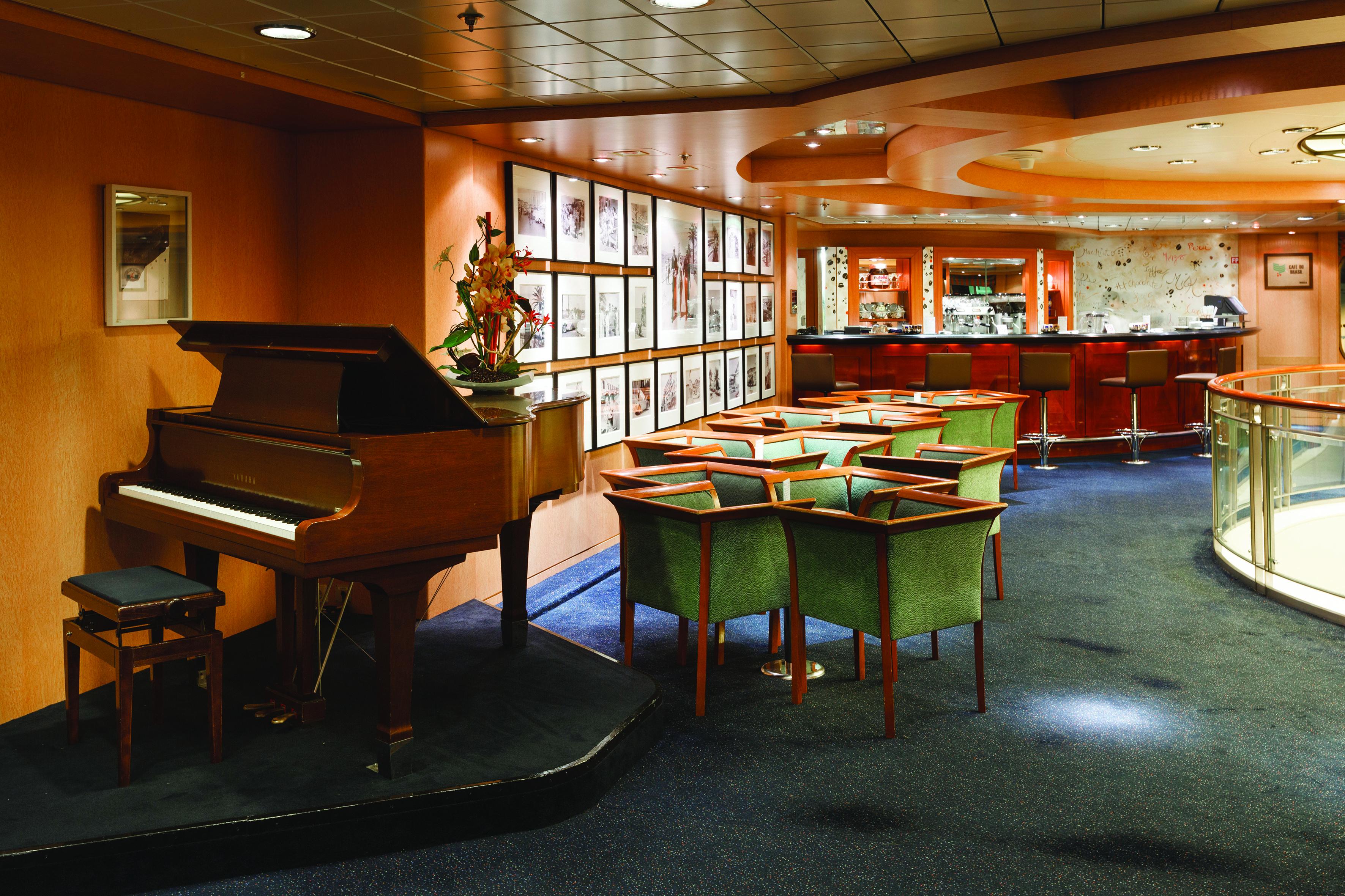Costa Cruises Costa NeoRiviera Interior Cafe Eze.jpg
