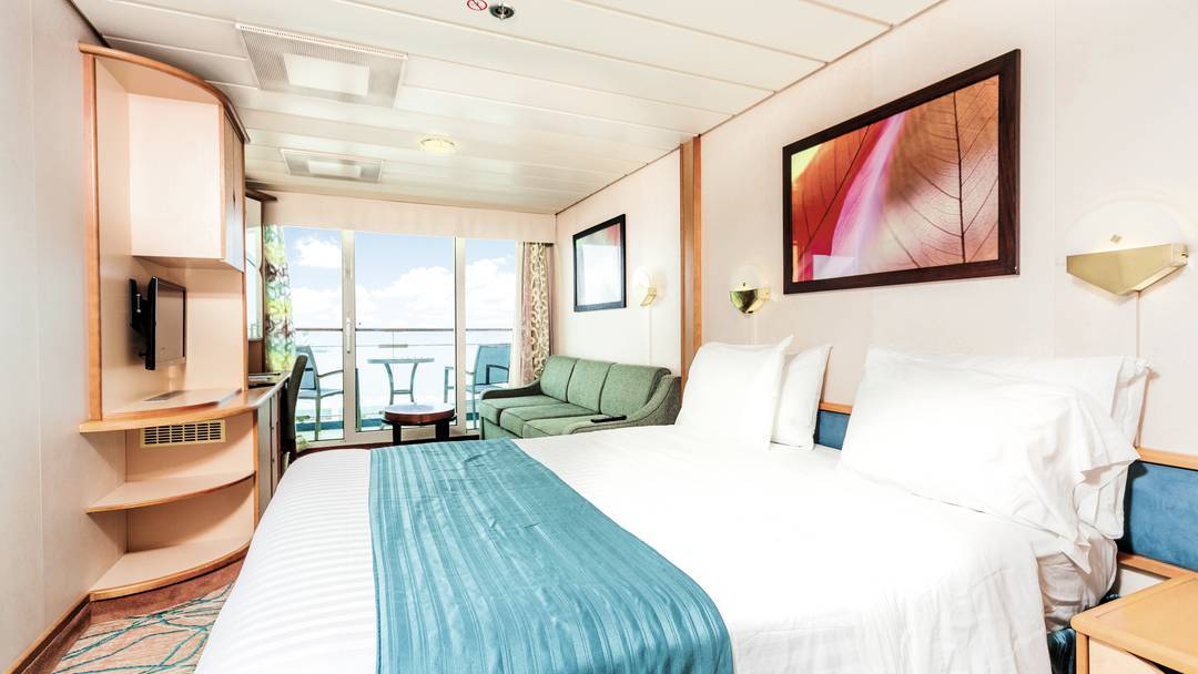 Thomson Cruise Thomson Discovery Accommodation Junior Suite 1.jpg