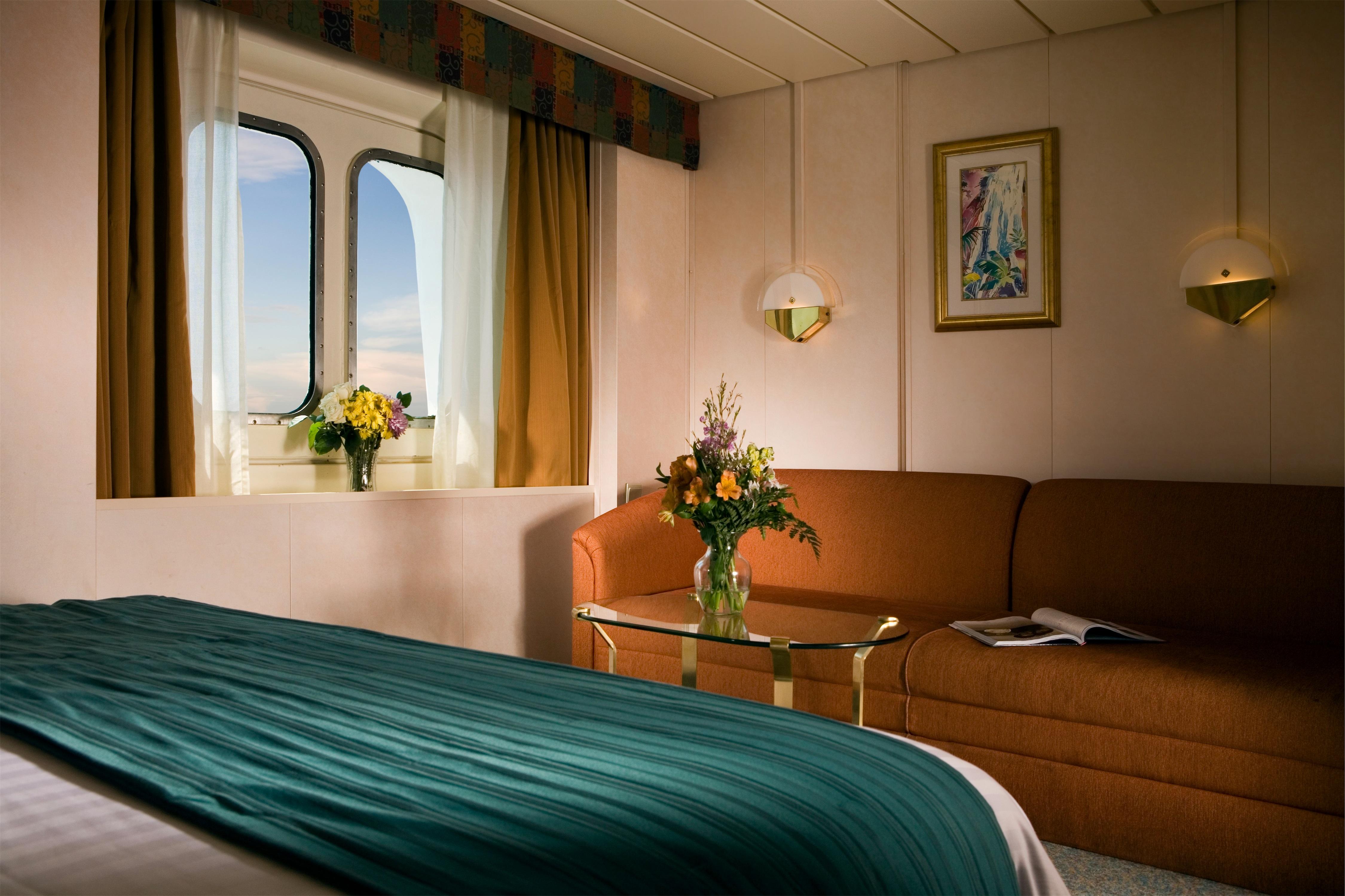 Royal Caribbean International Rhapsody of the Seas Accommodation Ocean View Stateroom 2.jpg