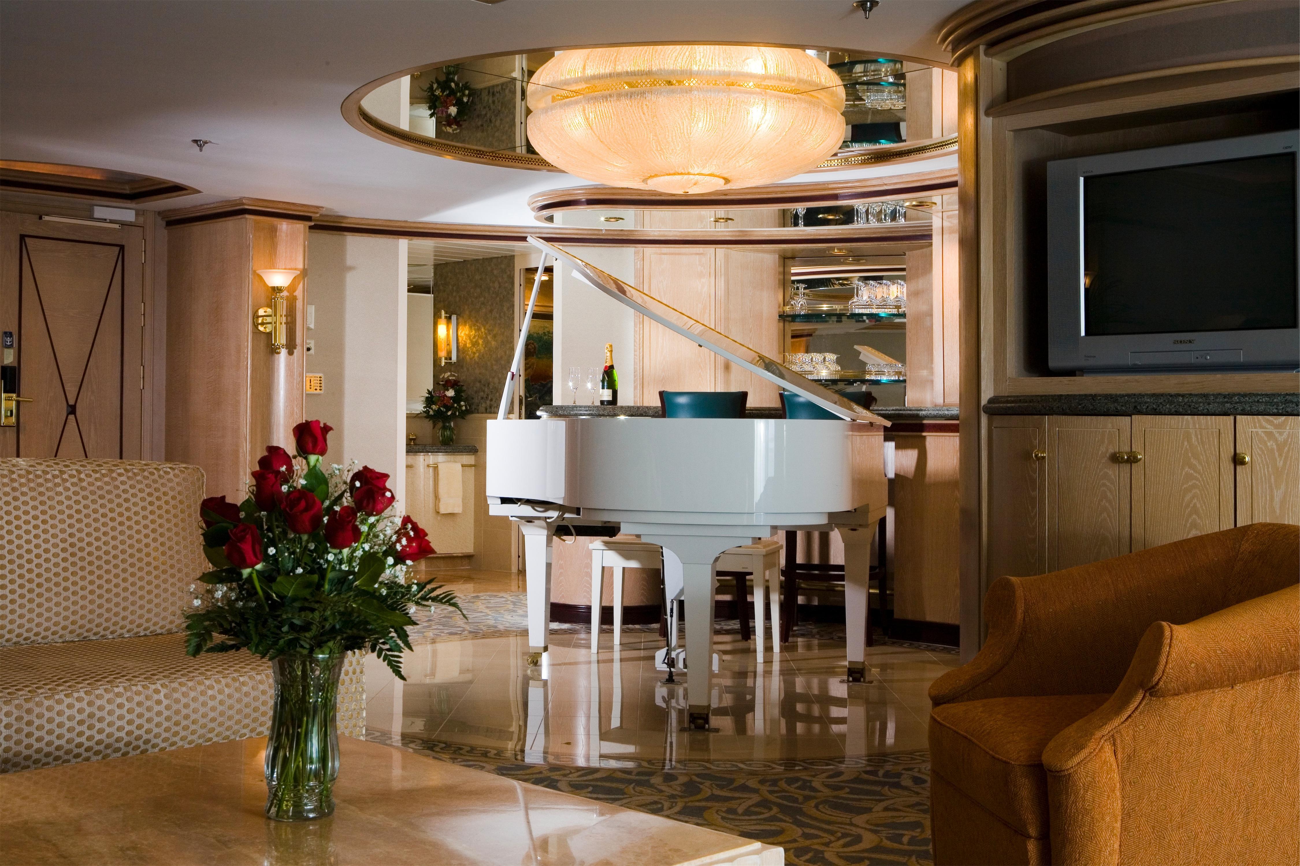 Royal Caribbean International Rhapsody of the Seas Accommodation Suite 5.jpg