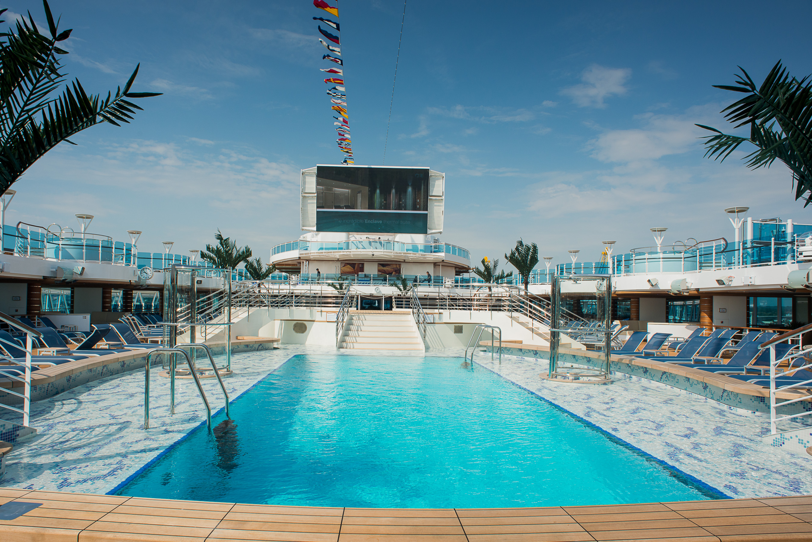 Princess Cruises Coral Class Interior lido 3.jpg