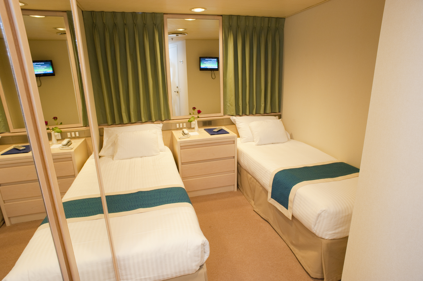 Voyages to Antiquity Aegean Odyssey Accommodation Inside Cabin.jpg