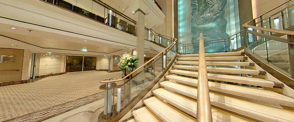 P&O Cruises Aurora Interior Atrium 3.jpg