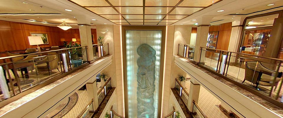 P&O Cruises Aurora Interior Atrium 2.jpg