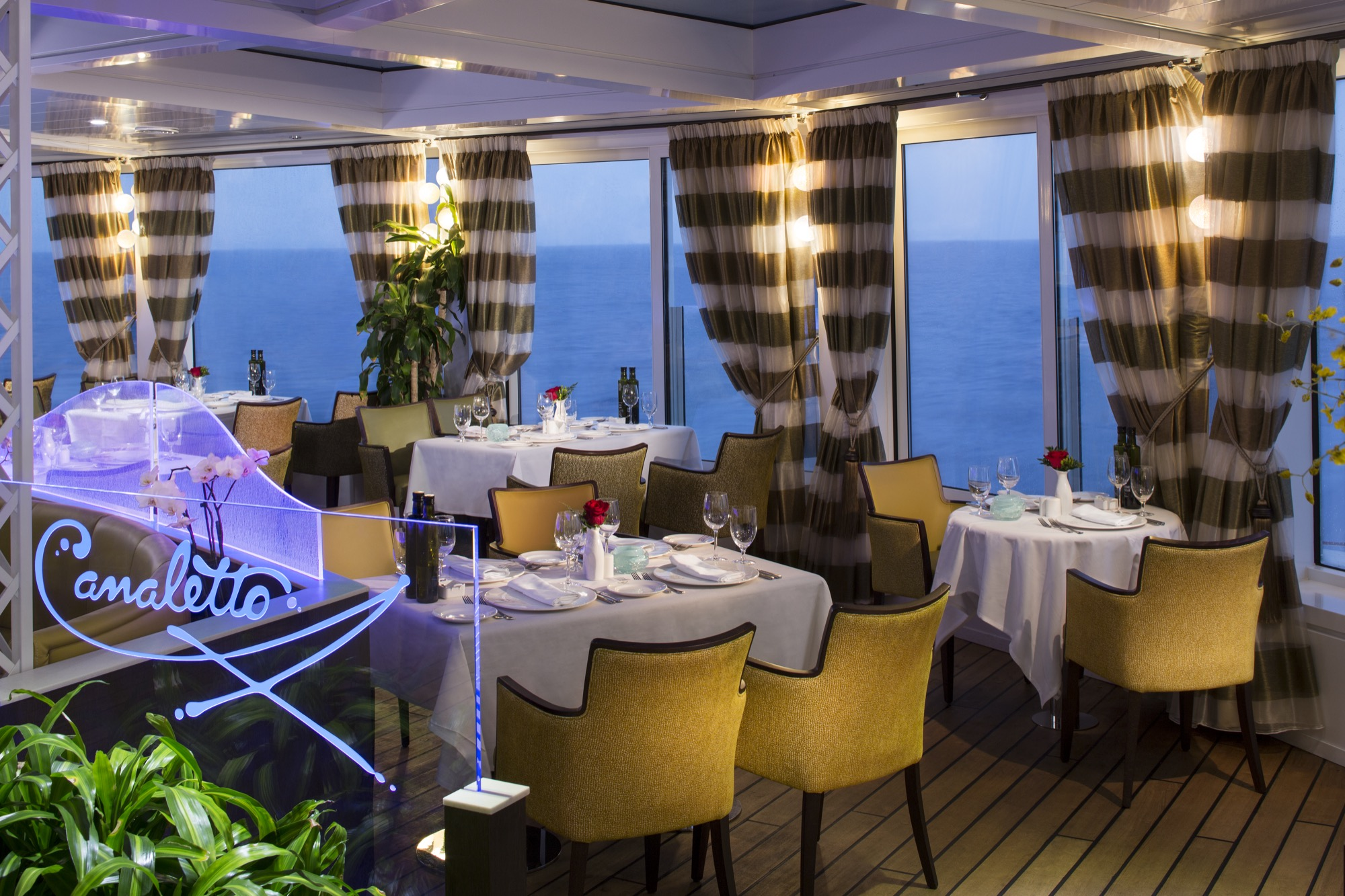 Holland America Line R-Class Canaletto Restaurant.jpg