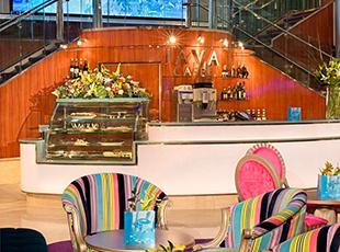 Norwegian Cruise Line Norwegian Jewel Interior cAFE AT aTRIUM.jpg