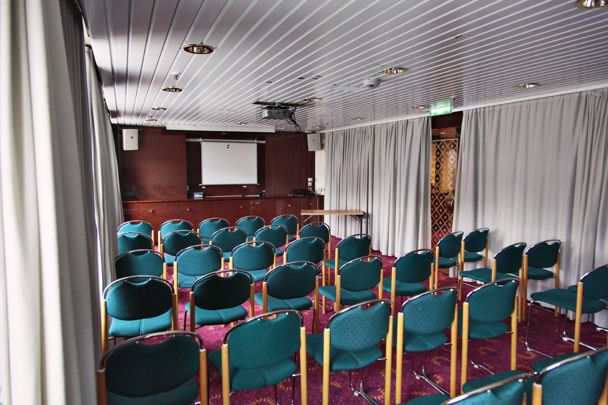 Hurtigruten Cruise Lines MS Kong Harald Interior Lecture Room.jpg