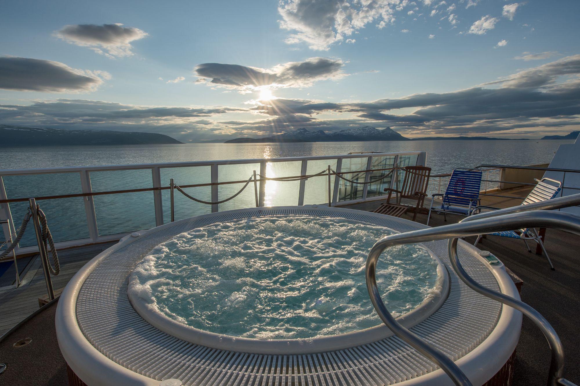 Hurtigruten Cruise Lines MS Midnatsol Exterior Jacuzzi.jpg
