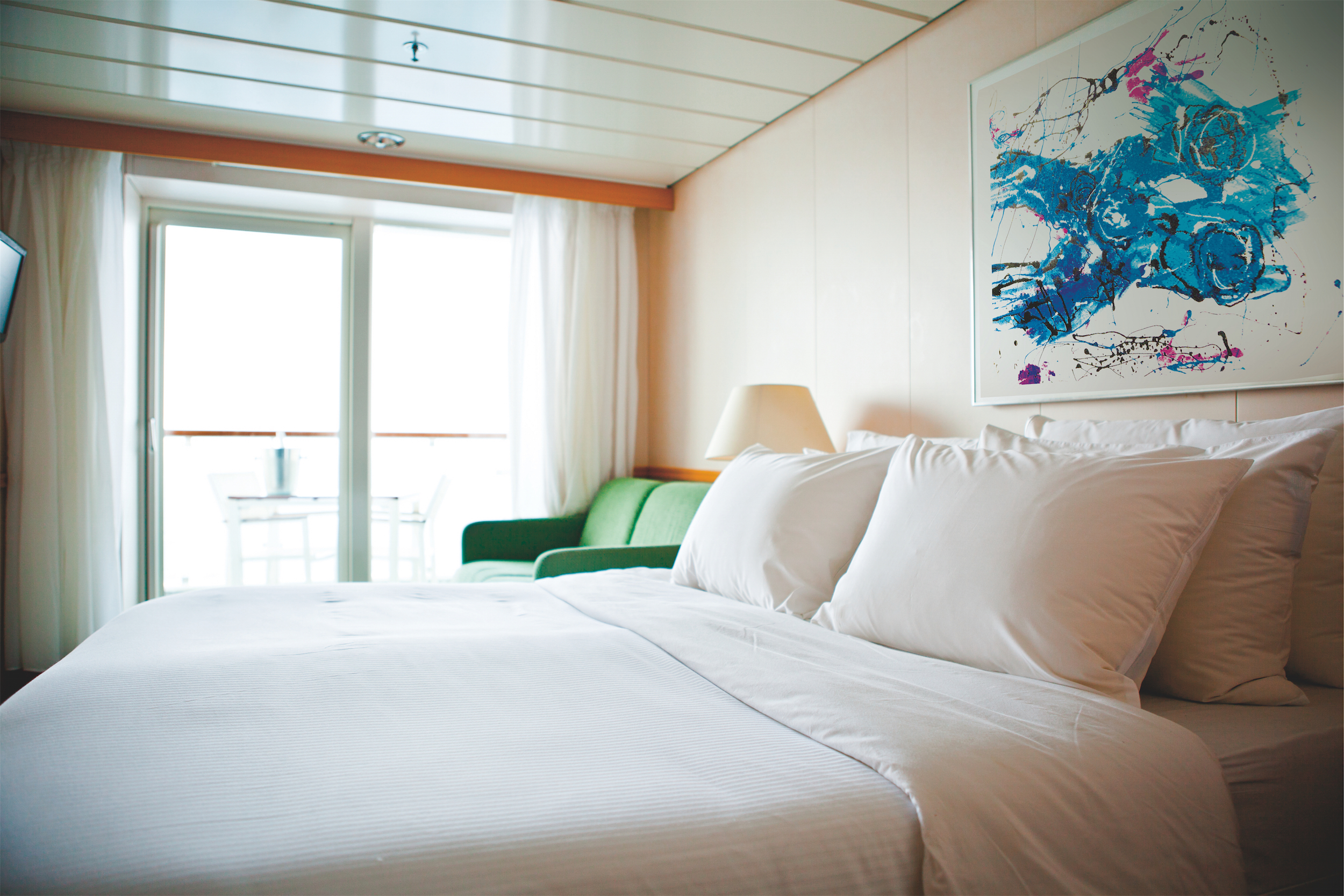 Pullmantur Zenith Accommodation Suite with Balcony 1.jpg